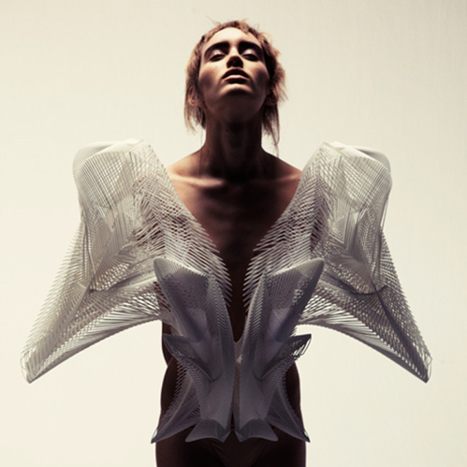 dezeen_Escapism-by-Iris-van-Herpen-photo-by-Petrovsky-and-Ramone