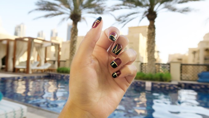 MANICURE MONDAY MADNESS! YVES SAINT LAURENT