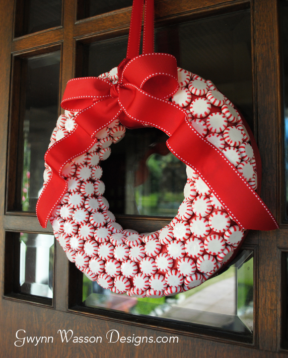 23 Great DIY Christmas Wreath Ideas - Style Motivation - christmas wreath decorations