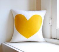 20 Charming Handmade Valentine's Day Pillow Designs ...