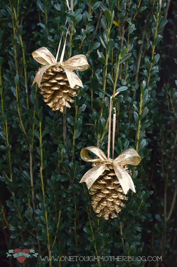 17 Creative Diy Pine Cone Decorations For The Upcoming