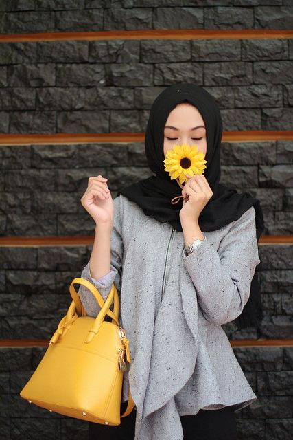 Girl With Balloons Wallpaper Top Winter Hijab Styles With Tutorials 2018 19 Stay Warm