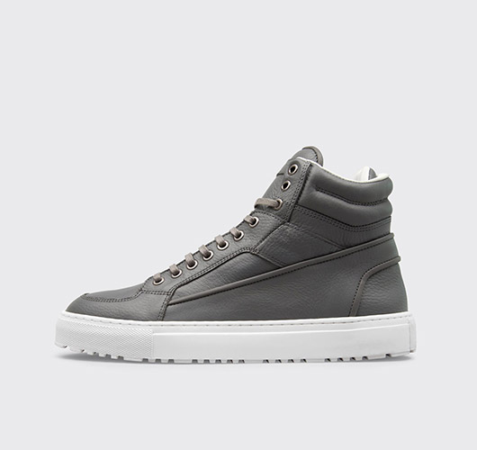 High-Top Sneaker von ETQ Amsterdam