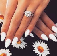 27 Stylish Short Almond Shaped Nails Design Ideas