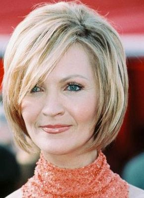 adorable hairstyles for women over 60