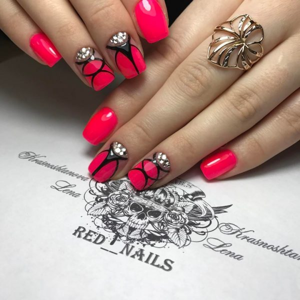 Amazing Black And Red Nail Design Picture Elaboration