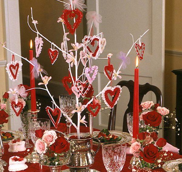 resized doilie collage DIY Party Decorationen Pinterest - valentine craftf