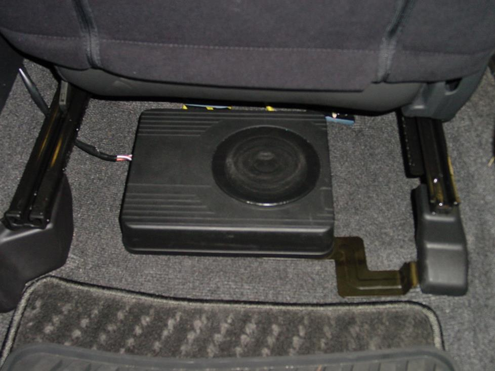 FS 00-04 Outback OEM Subwoofer and Wiring - Portland, OR - Subaru
