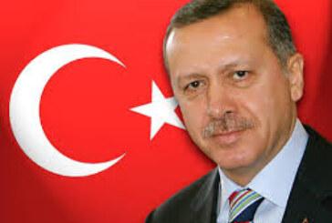 الطيب مصطفى : بين العملاق اردوغان والشهيد مطيع الرحمن