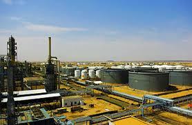 وزارة النفط تكشف عن إقامة خنادق لحماية حقول البترول في الحدود مع الجنوب