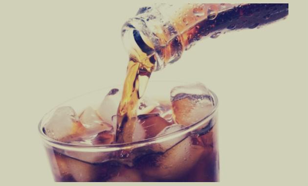 ما الذي يحدث لجسمك لو ابتعدت عن المشروبات الغازية؟