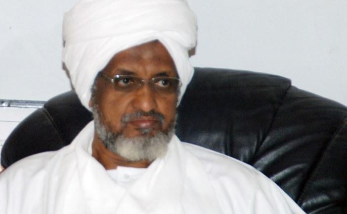 الزبير محمد الحسن: الحركة الإسلامية صنعت الإنقاذ ولا تحتاج ورقة لتقنين وضعها