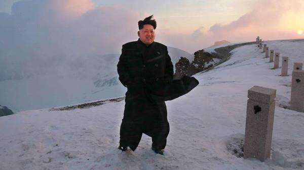 14 سببًا تجعل رئيس كوريا الشمالية أغرب زعيم في العالم وكيف اعدم خالته ؟