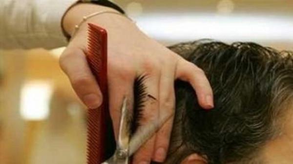 قبل قص شعرك.. اتبع الخطوات التالية