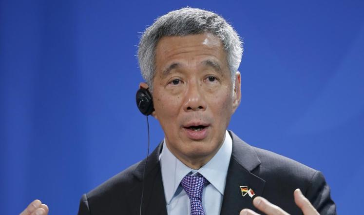 """سنغافورة.. رئيس وزراء بدرجة """"مبرمج"""""""