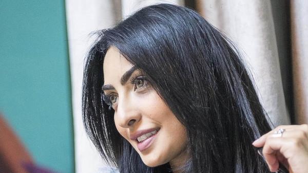 الفنانة الشابة نور الغندور: 3 أعمال لرمضان ومسرحية في العيد