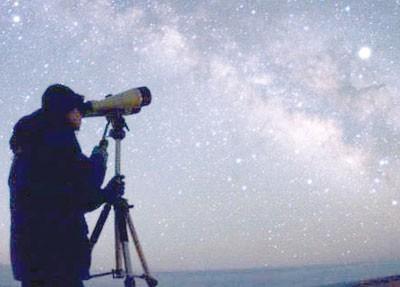 بالصورة: مخلوقات فضائية تظهر في سماء هولندا