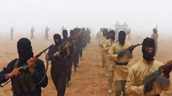 بعد دفع فدية 44 ألف جنيه.. وصول سوداني كانت يحتجزه تنظيم (داعش) كرهينة للبلاد