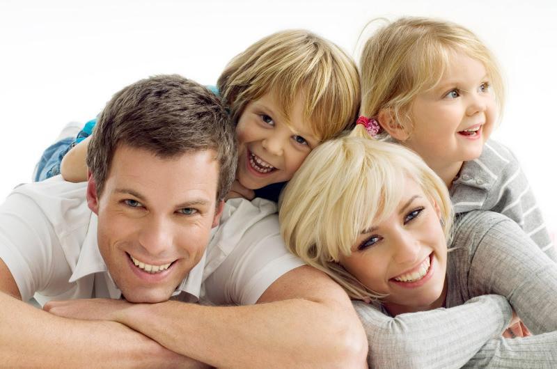 دراسة بريطانية: الطفل الأول يؤثر سلباً على سعادة الزوجين