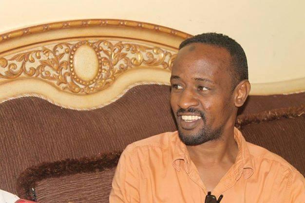 المباحث الجنائية تستلم هاتف ( سراج النعيم ) لفحصه بهيئة الإتصالات السودانية