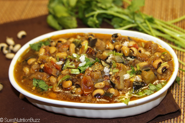 Black eyed peas with roasted eggplant-091