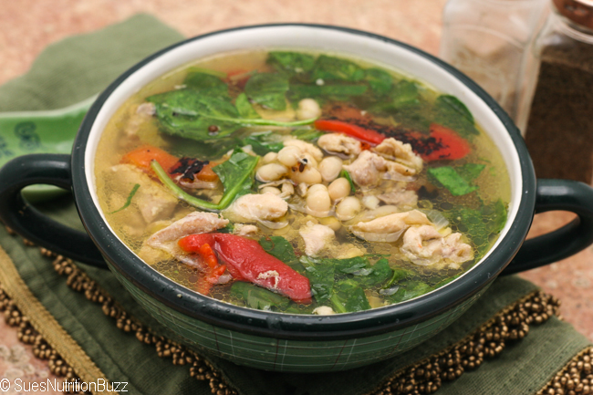 Tuscan Chicken bean soup-8825