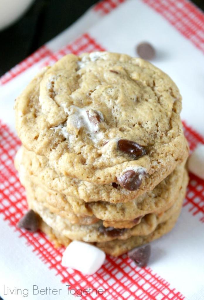 S'mores Cookies | www.sugarandsoul.co