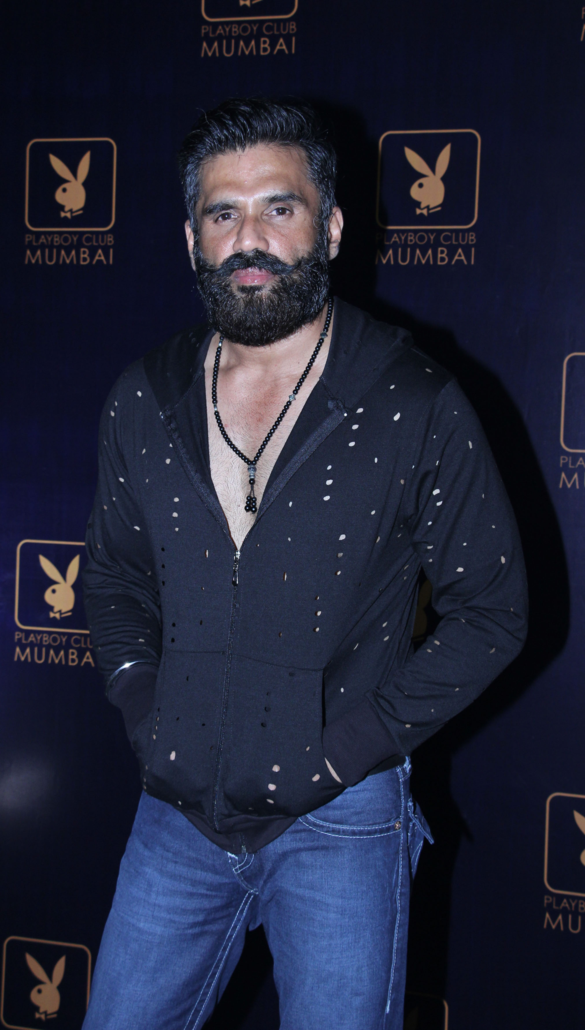Cute Wallpapers November Suniel Shetty Photos Images Wallpapers Pics Download