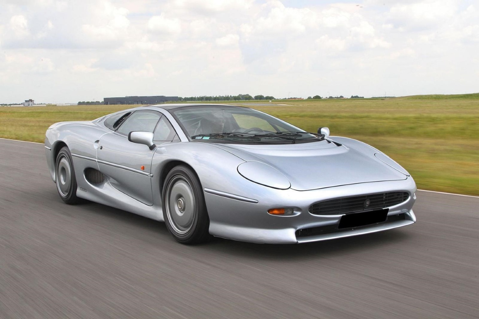 Car Wallpapers 4k Bentely Jaguar Xj220 Jaguar Supercars Net