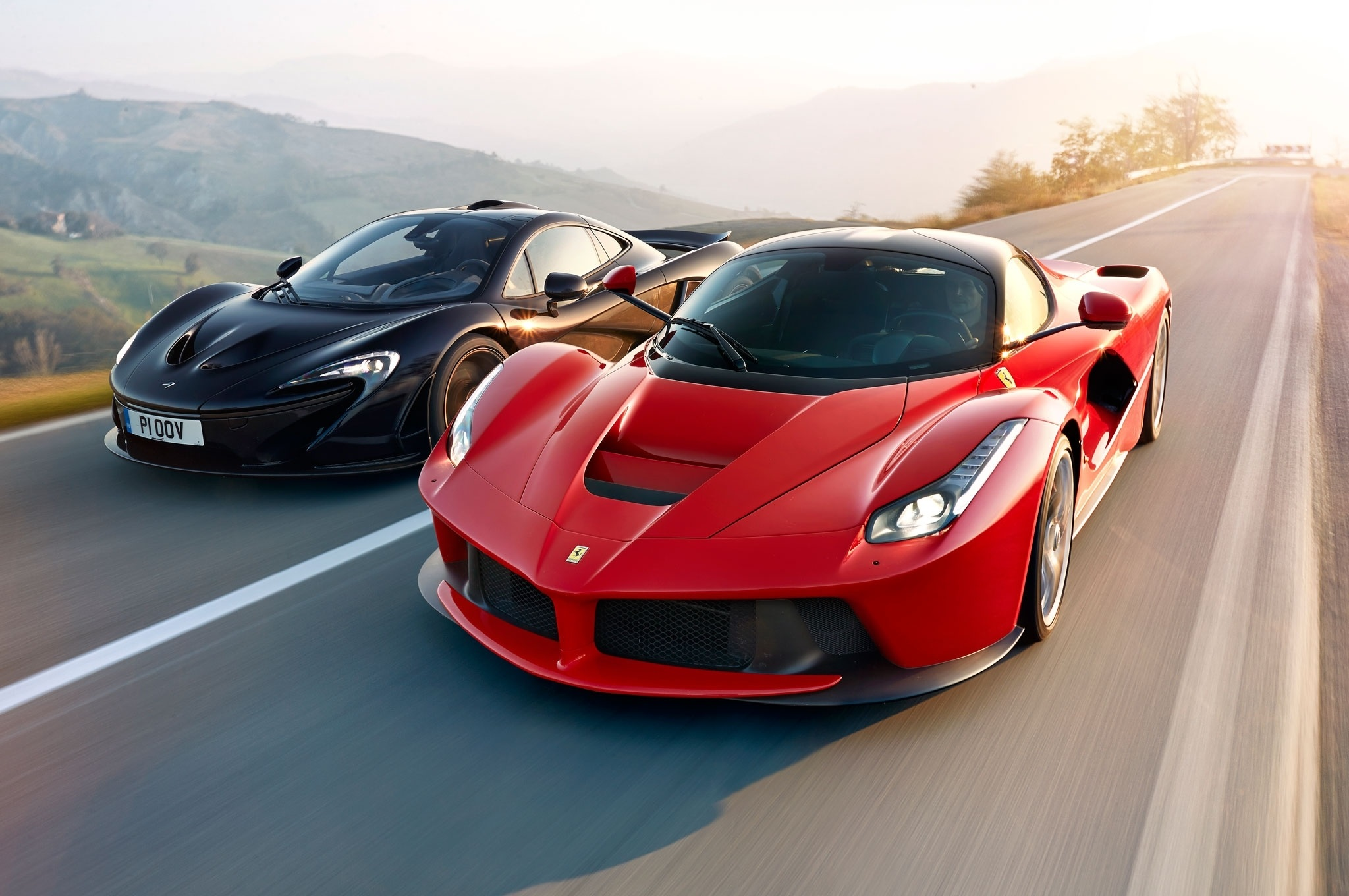 Range Rover Car Wallpaper Amazing Side By Side Ferrari Laferrari And Mclaren P1 High