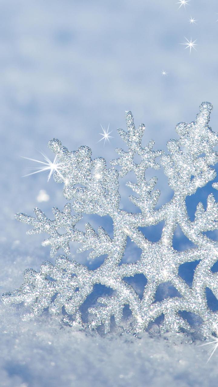 Bugatti Hd Wallpapers Free Download 3d Snowflake In The Snow Hd Winter Wallpaper Wallpaper