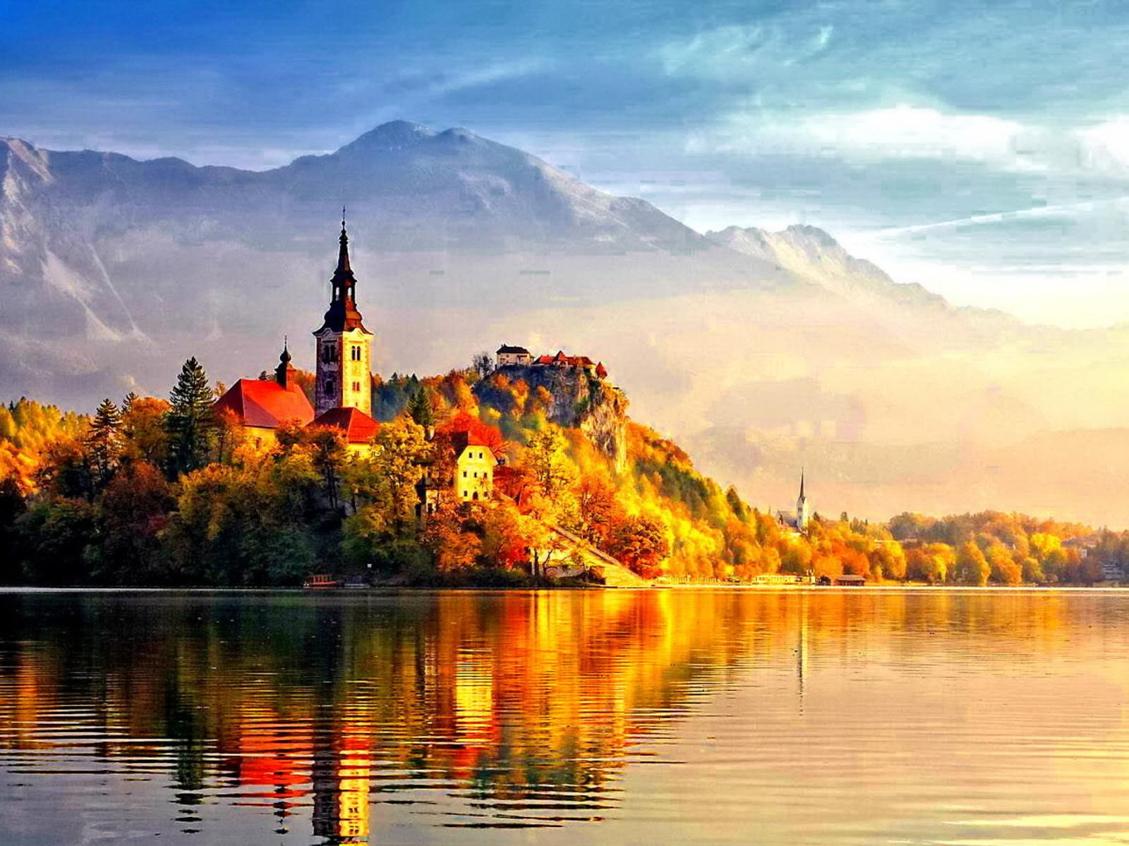 Upstate New York Fall Hd Wallpaper Beautiful Castle In The Light Of Autumn Sun Hd Wallpaper