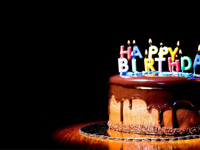 Delicious Chocolate Birthday cake - HD wallpaper Wallpaper Download