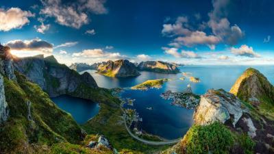 Reinebringen Norway - Stunning landscape Wallpaper Download 5120x2880