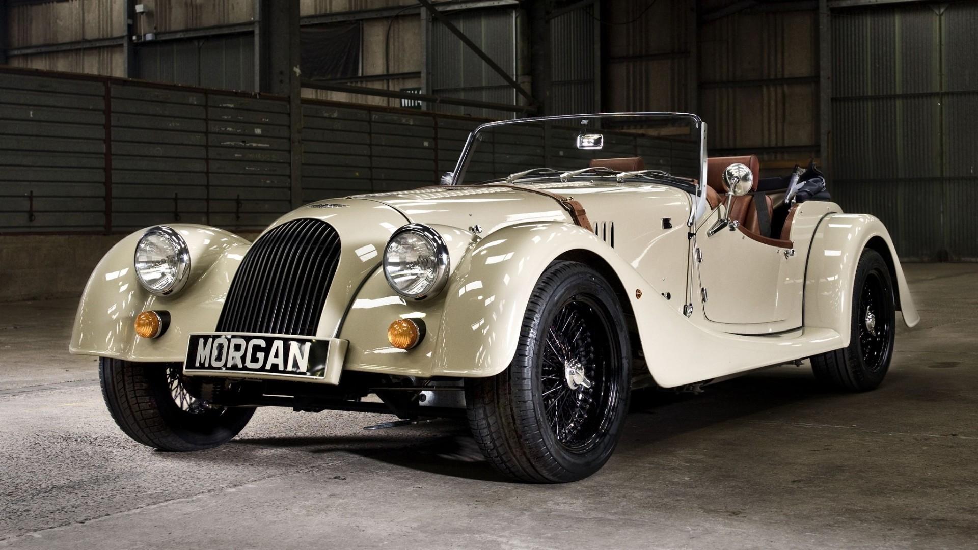 Girls Of The Wilds Wallpaper White Morgan Roadster Stunning Vintage Car