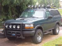 1993 Ford Bronco Roof rack Tools picture | SuperMotors.net