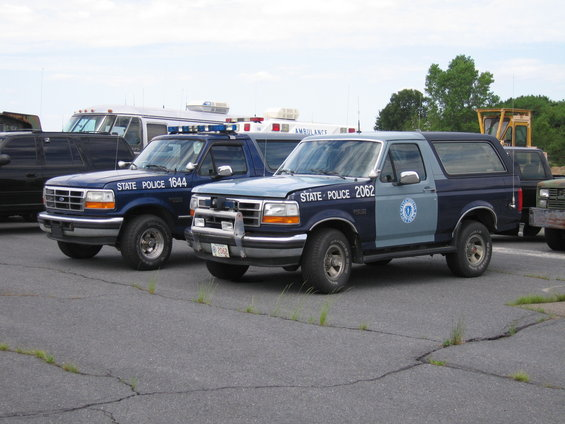 MSP Ford Broncos Used as K-9 vehicles in the late 90u0027s Law - mock police report