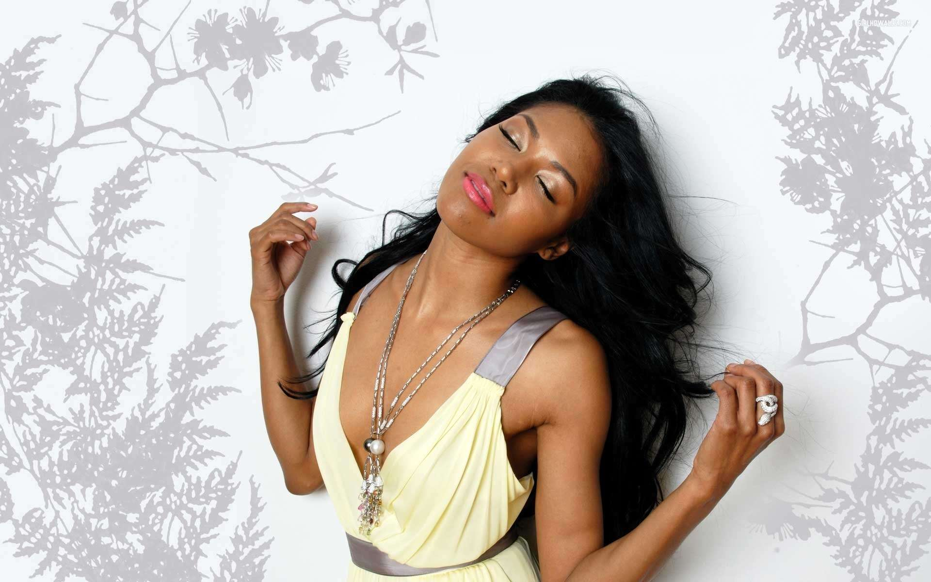 Nice Girl Wallpaper For Fb Amerie Mi Marie Rogers 1 Wallpapers Hd Wallpapers