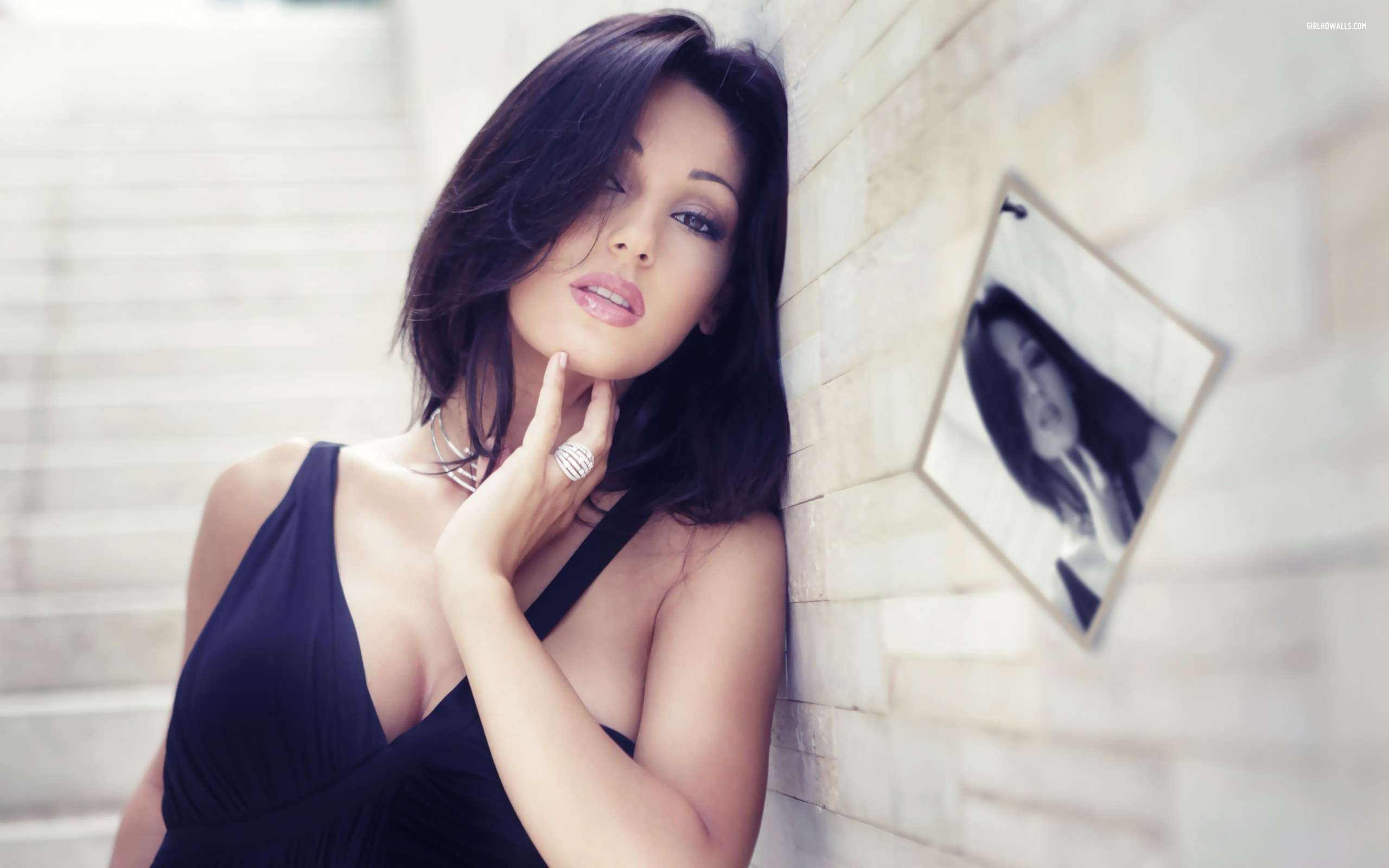 Indian Girl Wallpaper Free Download Anna Tatangelo 1 Wallpapers Hd Wallpapers