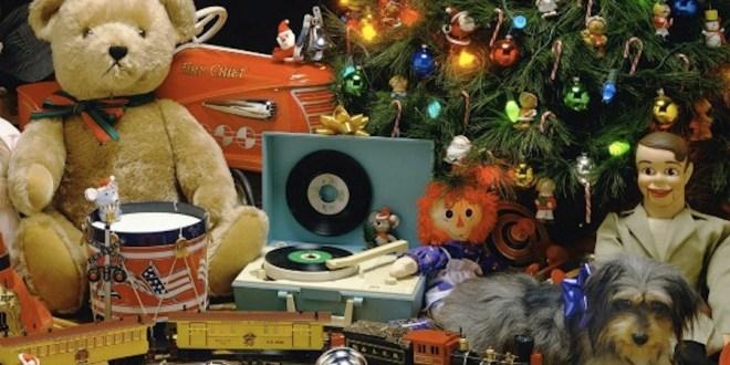 Christmas-Toys-575x431