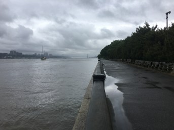 Rainy day on the Hudson