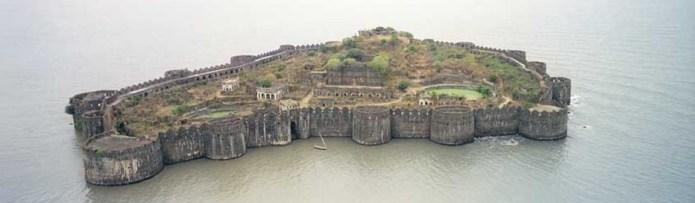 cropped-janjira-fort