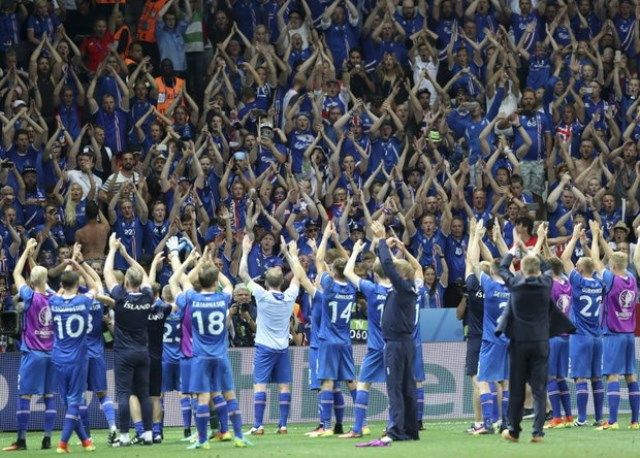 Island se oprostio