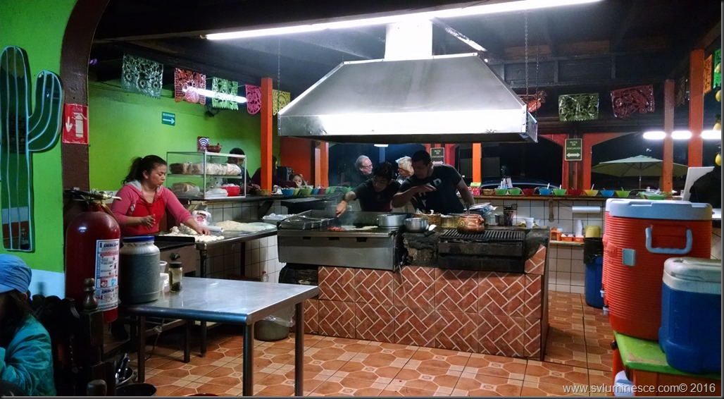 Tacqueria kitchen 20160112_174748107