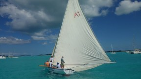 Sailing through the anchorage