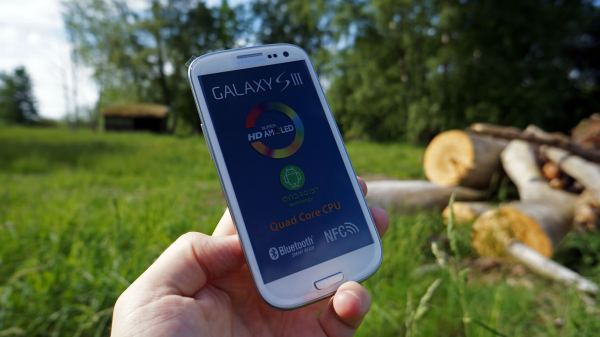 Sasmung Galaxy S III front