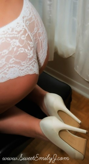 Ottawa Escorts and Erotic Massage Sweet Emily J