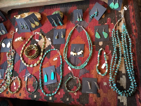Turquoise Trail shopping