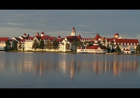 2-Year-Old Snatched by Alligator at Disney Hotel in Florida Remains Missing