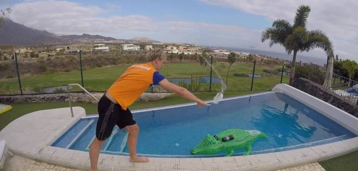 Hater's gonna say it's fake! — Dutch Olympic Swimming team extreme swimming cap challenge